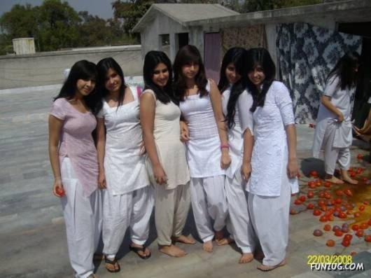 hot pakistani college girls № 193356