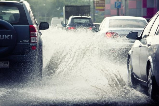 Learn The 6 Expert Tips For Driving In Bad Weather