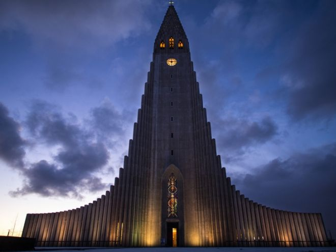 Explore The 10 Most Beautiful Cathedrals In Europe