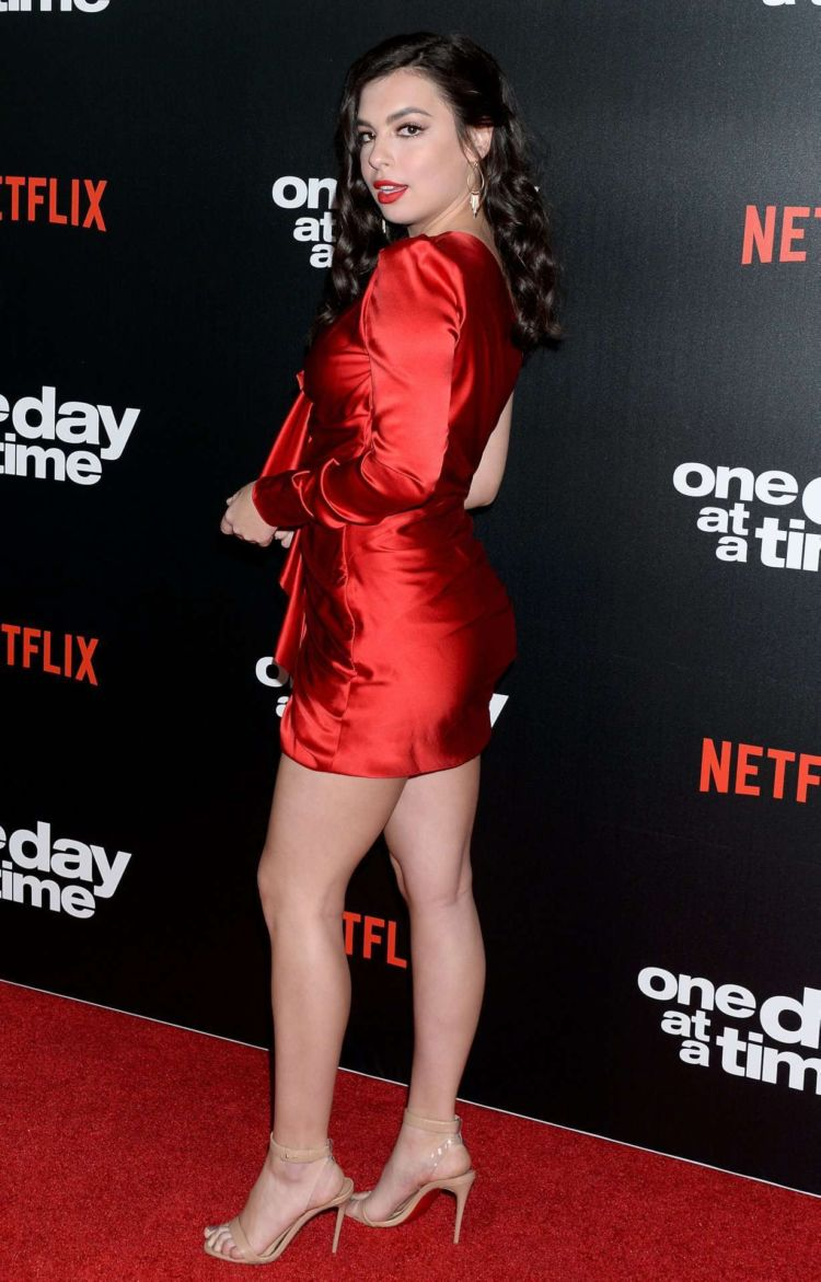 Isabella Gomez Shines At The Premiere Of 'One Day At A Time' Season 3