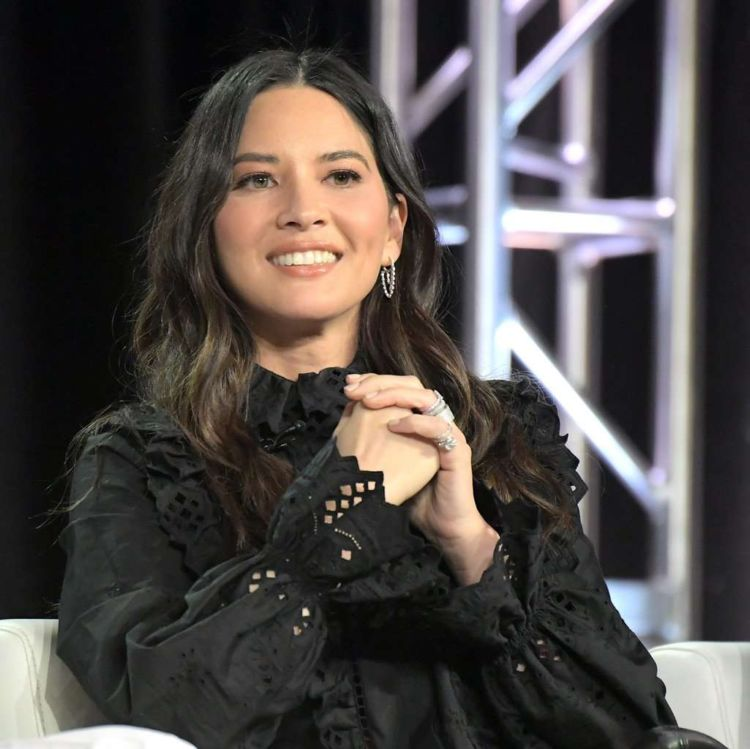 Gorgeous Olivia Munn At Winter TCA 2019