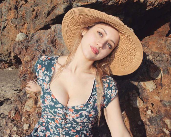 Caylee Cowan's Fantastic Photoshoot On The Beach In Malibu