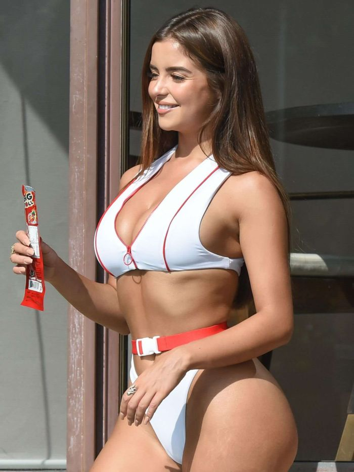 Demi Rose Mawby Pose For A Bikini Photoshoot In Phuket