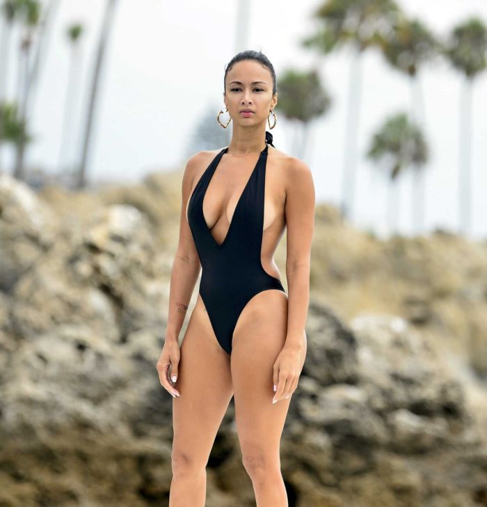 Draya Michele Enjoying The Day In Swimsuit On A Yacht