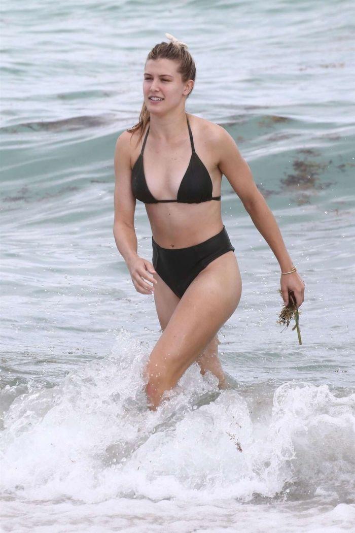 Eugenie Bouchard On A Bikini Vacation In Miami