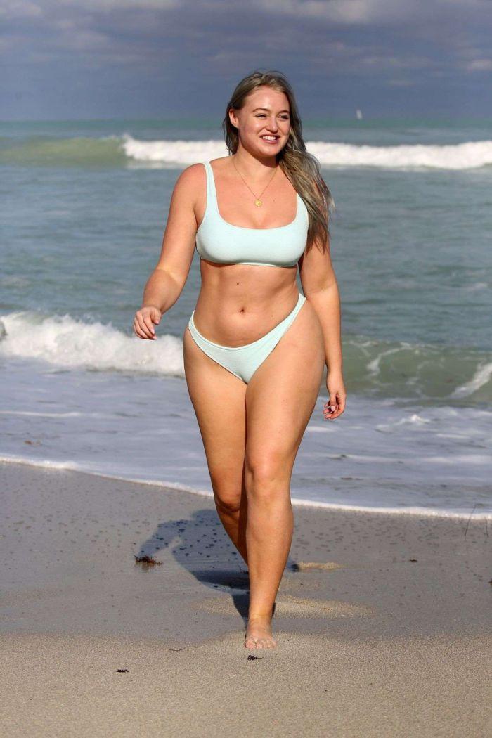Iskra Lawrence On A Bikini Vacation At Miami Beach