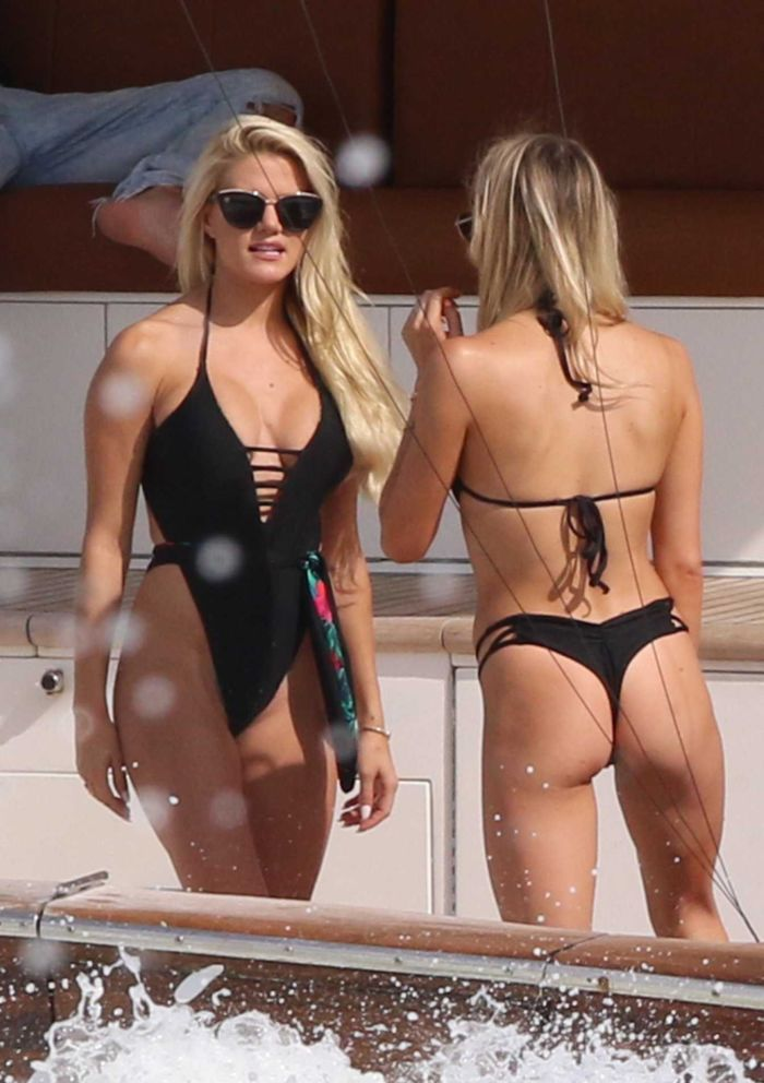 Marissa Everhart In Black Swimsuit On A Yacht In Miami
